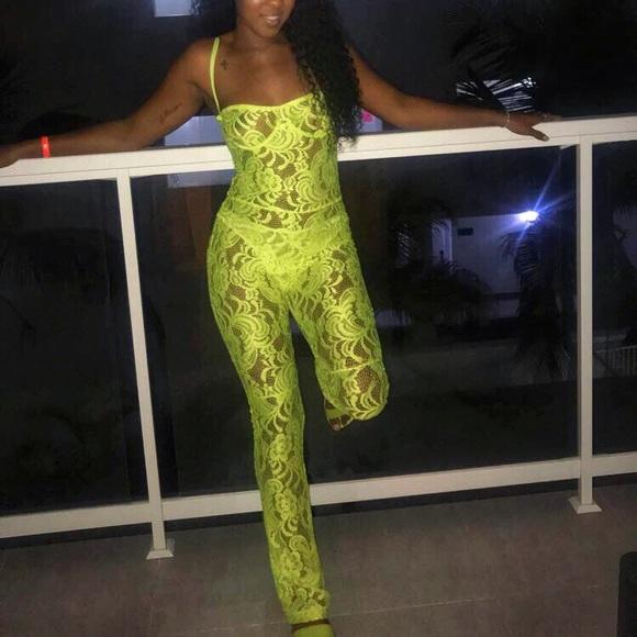a30aa77252b9 Matte Brand Neon Lace Bodysuit. M 5bbd6298a5d7c65cee06e3c3